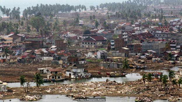 Цунамито в Индийския океан през 2004 г. е опустошително. Credit: Mark Pearson/Alamy