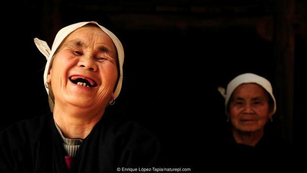Смехът предава много съобщения. Credit: Enrique López-Tapia/naturepl.com
