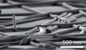 Инженери заваряват нано жици със светлина