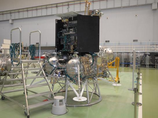 Тази година започват тестовете на Луна-Глоб!