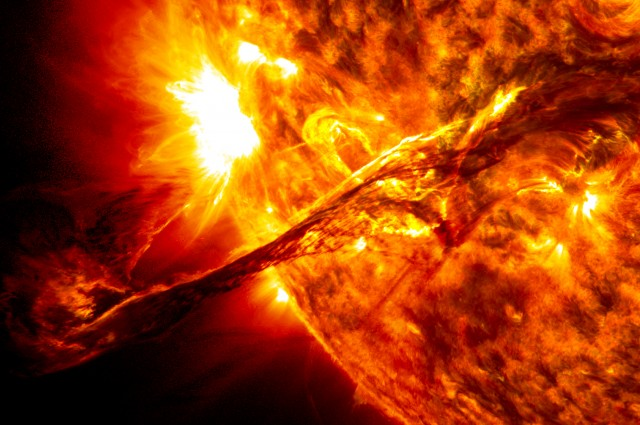 Да си припомним филма за Слънцето от НАСА