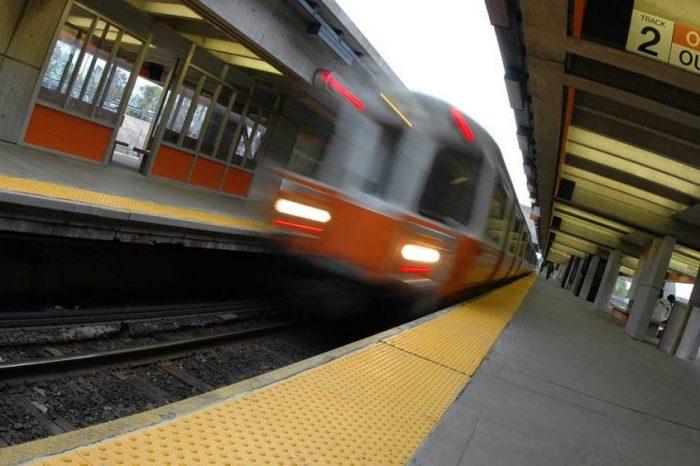В метрото на Бостън има по-малко опасни микроби, отколкото в червата ни