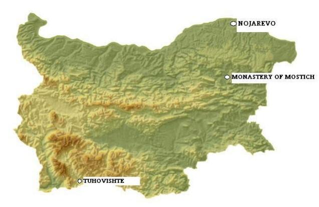 Фигура 1. Физическа карта на България , показваща местоположението на трите некропола, от които са събрани човешки останки – Ножарево ( 8-9-ти век ) , Туховище ( 9-10-ти век ) и Манастира Мостич ( 10-ти век).