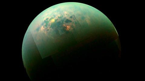 Видео: Полетете над метановите езера на луната на Сатурн – Титан