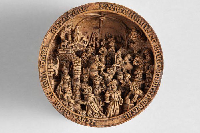 Дърворезби от чемшир от 16-ти век са толкова миниатюрни, че изследователи изпозлват рентген, за да разкрият мистерията около тях