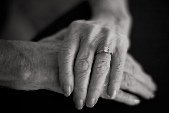 Вирусът, който може да излекува Алцхаймер, Паркинсон и други заболявания