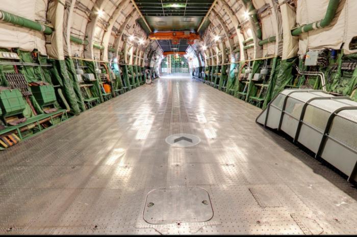Антонов Ан-225 Мрия в Google Street View