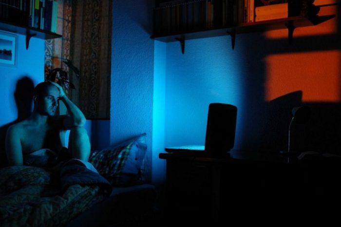 """Мутация обяснява защо някои """"нощни птици"""" остават будни до късно вечер"""