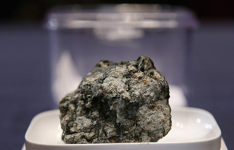 Парче от Челябинския метеорит.