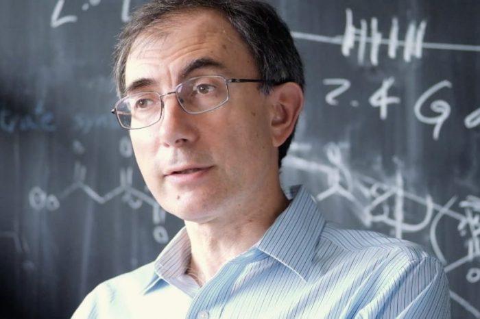 В главната роля – астрономът Димитър Съселов, открил най-отдалечената от Слънцето планета
