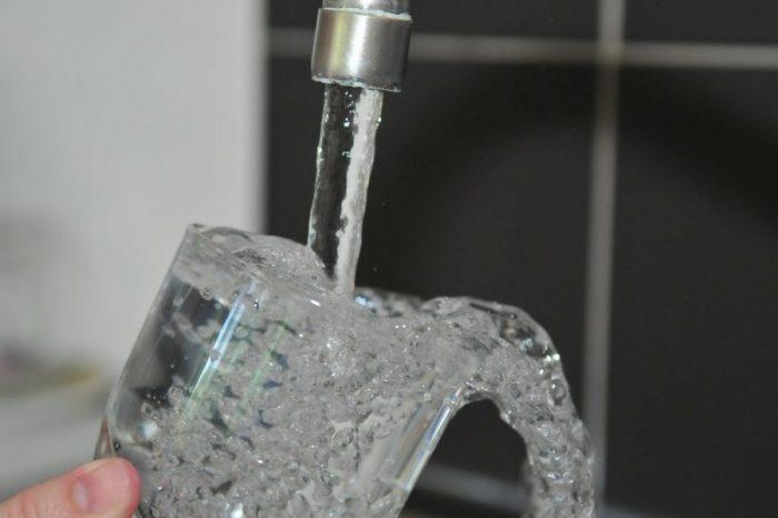 Какво е съдържанието на чаша чешмяна вода? Тя може да бъде пълна с... изненади