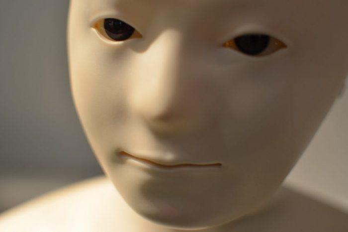 3D-принтирана бионична кожа може да осигури на роботите чувствителност при допир