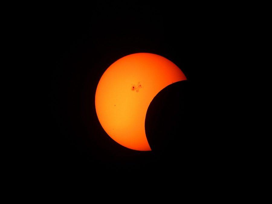 На 21 август слънчево затъмнение ще се вижда от територията на САЩ, което е рядко срещано явление. Редица научни проекти ще се проведат в цялата страна по време на затъмнението.