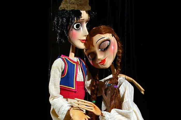 Кратка история на българския куклен театър