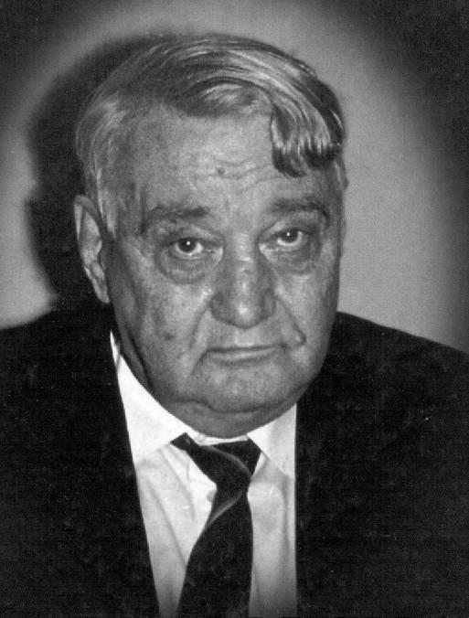 Фигура 1. Лев Гумильов. Ако ви се струва, че гледа тъжно, минете през всичките сталински лагери, през които е минал той и бързо ще разберете защо.