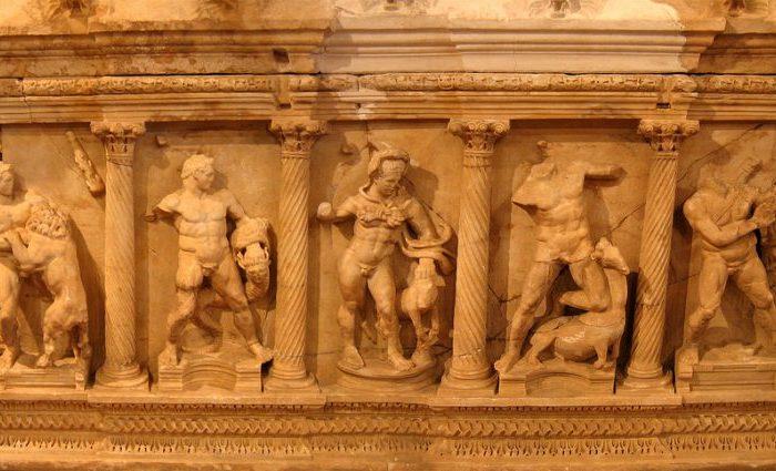 След 57 години саркофагът на Херкулес се върна в Анталия