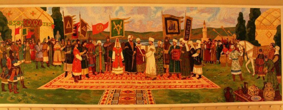 Волжските българи приемат исляма през 922 г. Виждате ли носията на жената на хан Алмиш. Да ви прилича на нЕкои дрешки от Дунавската България?