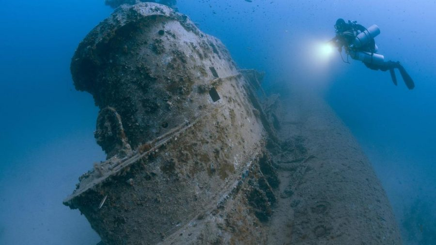 Командният пункт на британската подводница HMS Stubborn, която била пробита през 1946 година в Малта, след като служила по време на Втората световна война. Credit: Steve Джоунс/millionfish.com