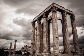 Фигура 4. Останки от храма на Зевс в Додона. В Додона бил и най-старият гръцки оракул.