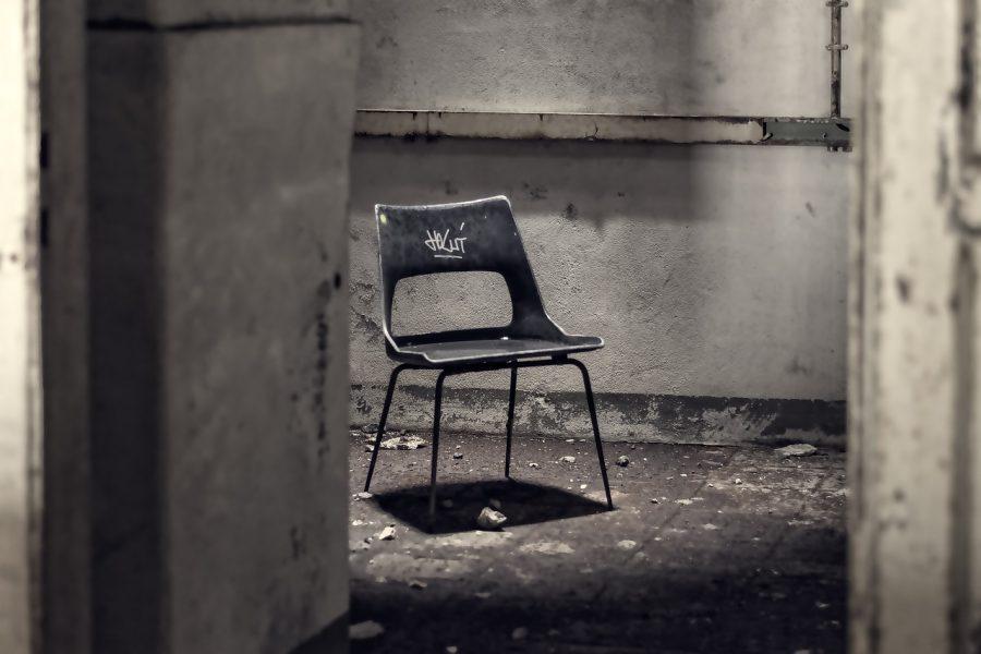 chair-2963765_1280-e1525360138891.jpg
