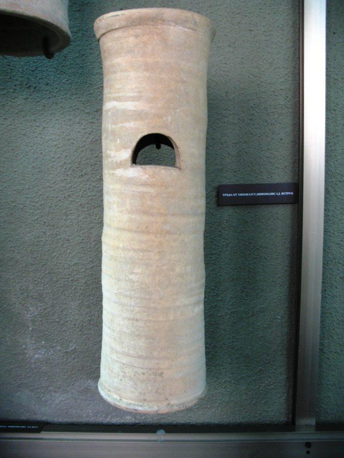 Тръба от хипокауст. Снимка: Росица Ташкова