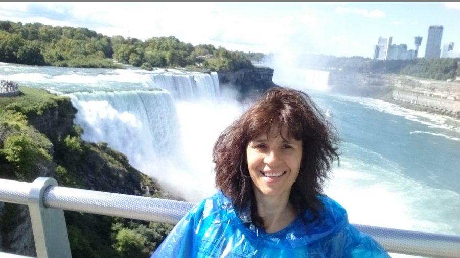 И в свободното си време проф. Рибарова обича да е близо до вода (Снимка на Ниагарския водопад).