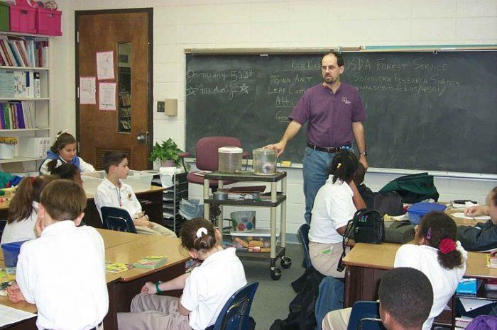 Изграждане и поддържане на добри взаимоотношения между учител и ученик