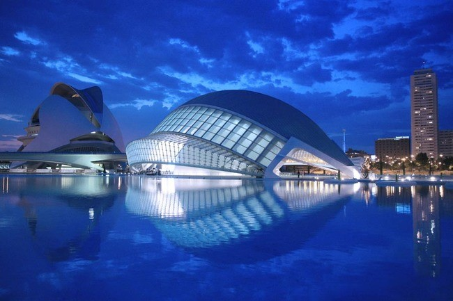 Формообразуване и тектоника на градивните елементи на архитектурното пространство