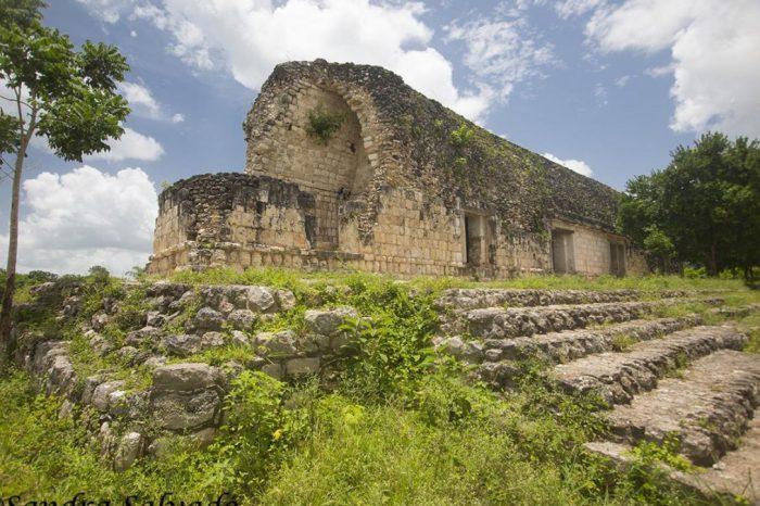 Древен дворец на маите бе открит в мексиканския щат Юкатан