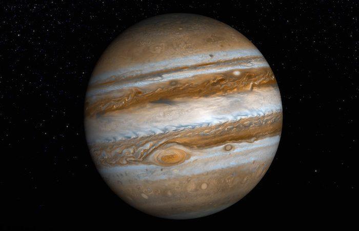 Телескопи и космически апарати обединяват усилията си за дълбоко проникване в атмосферата на Юпитер