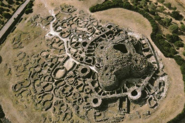 Древна ДНК от Сардиния разкрива 6000 години генетична история
