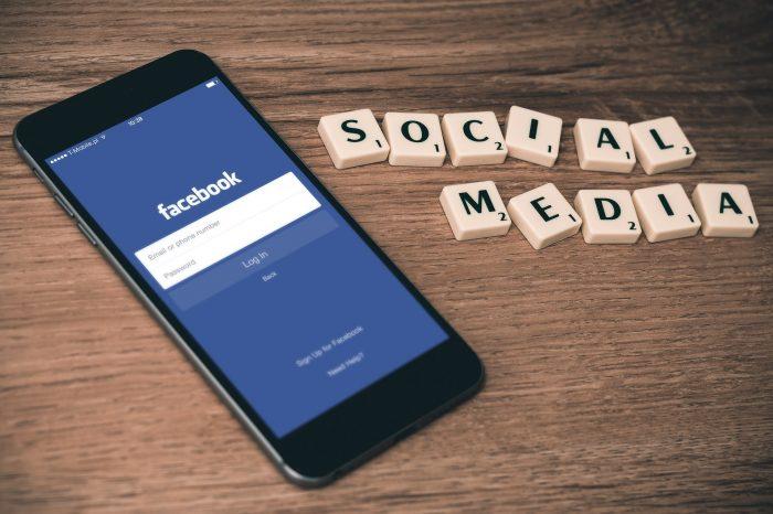 Фейсбук заплашва със забрана за споделянето на новини в Австралия