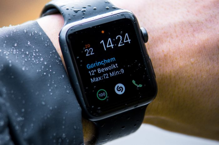 Интелигентни часовници срещу традиционни часовници: Какво е бъдещето?