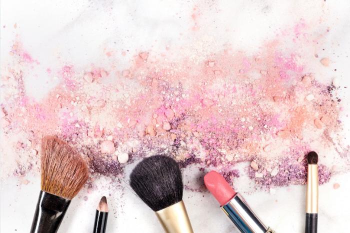 """Много козметични продукти съдържат скрити, потенциално опасни """"вечни химикали"""""""