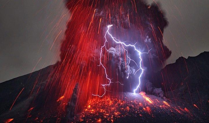 Скорошният изригнал вулкан в Япони