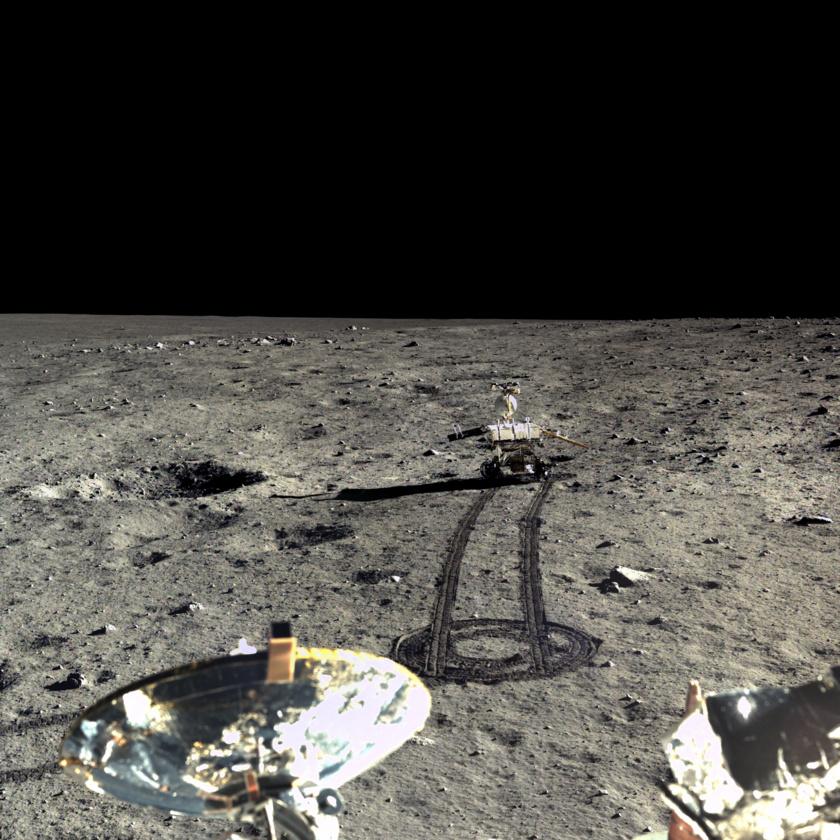 Обрат: Китайският луноход вероятно все още е жив!