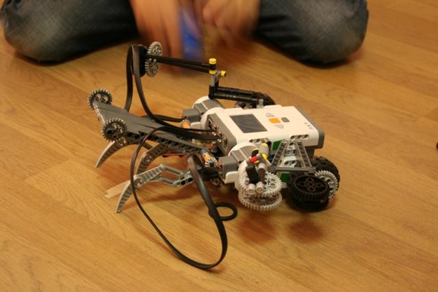 Информационни (робо)технологии - обучение за всеки