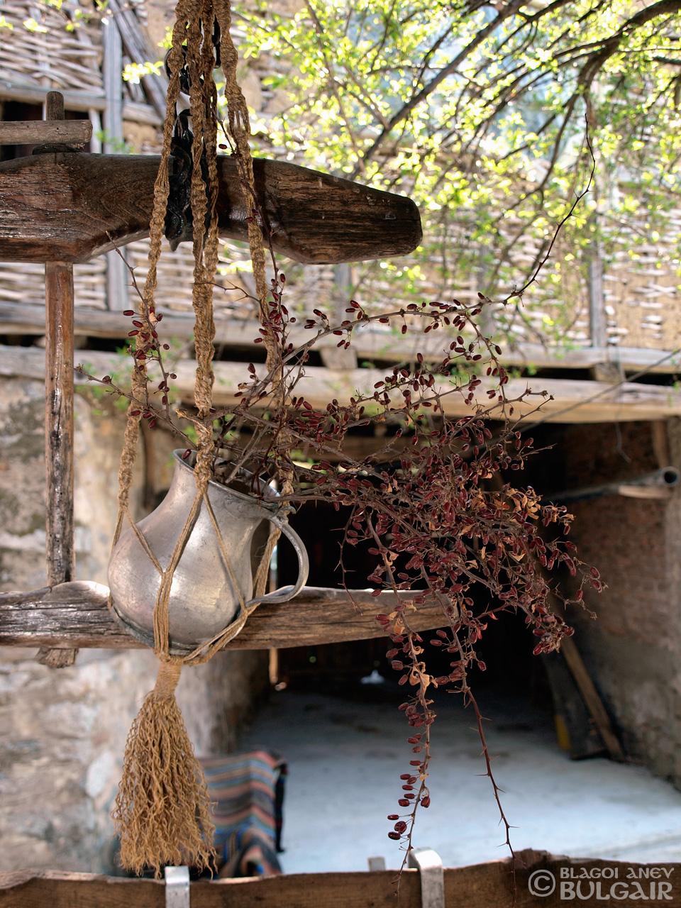 Културно-историческите паметници на България - Представяне на Благой Анев
