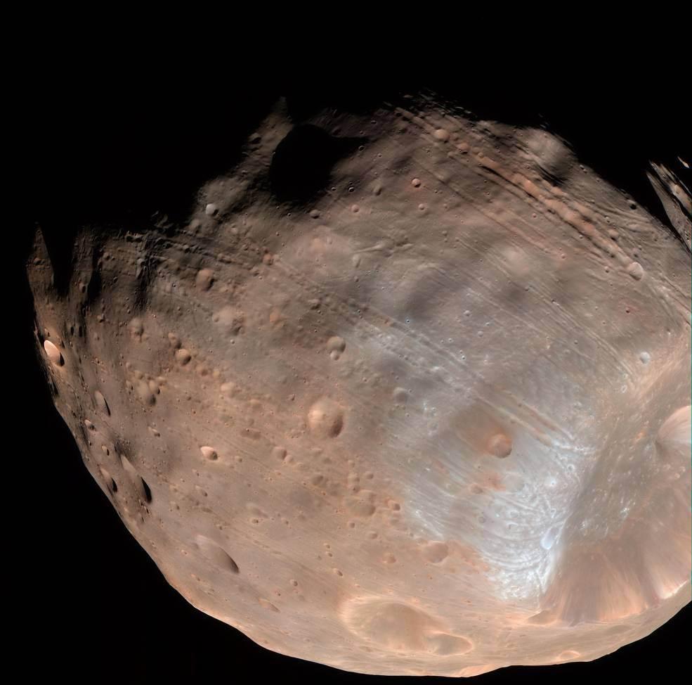 Спътникът на Марс Фобос е обречен!