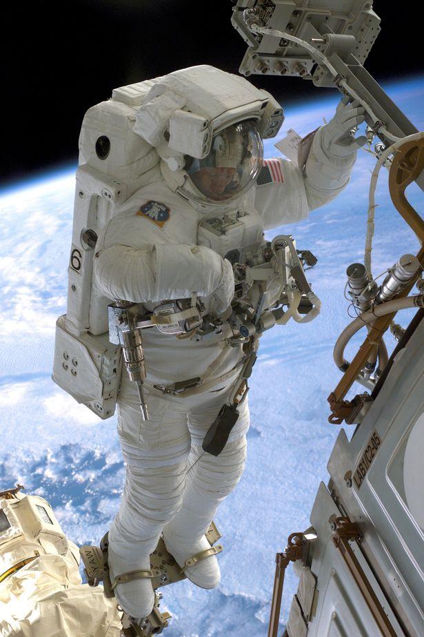 Откровенията на умиращ астронавт и климатолог!