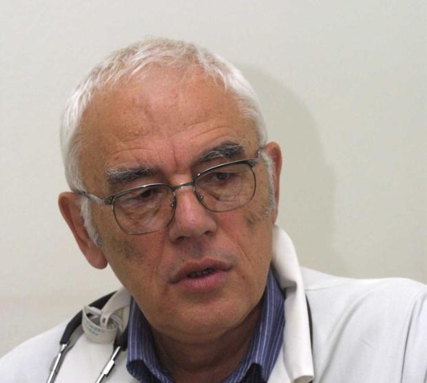 Доайенът на кардиолозите проф. Григоров с Гранд При от Медицинските Оскари