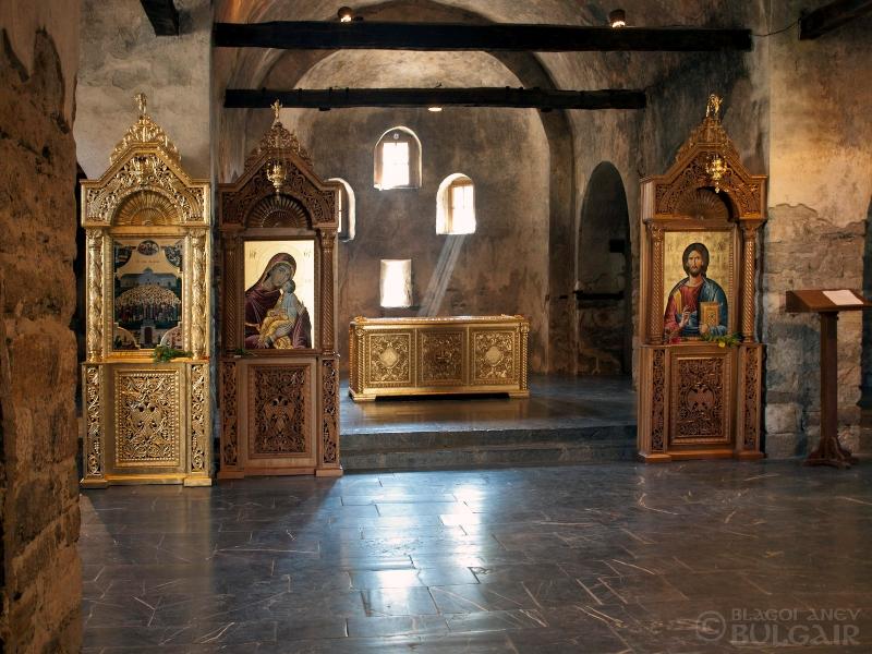 """Църквата """"Света Неделя"""" в град Батак"""