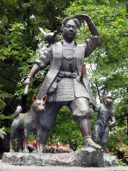 Паметник на Момотаро от Окаяма в Пловдив