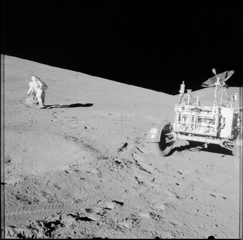 Русия и САЩ ще усвояват заедно орбитата на Луната!