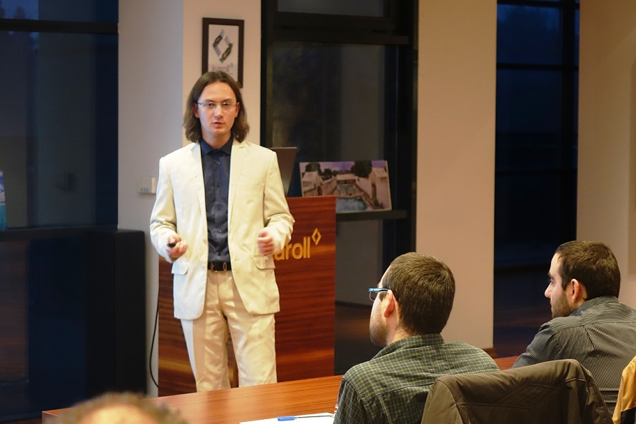 Астрономът Никола Каравасилев е стипендиантът на Карол за 2016 г.