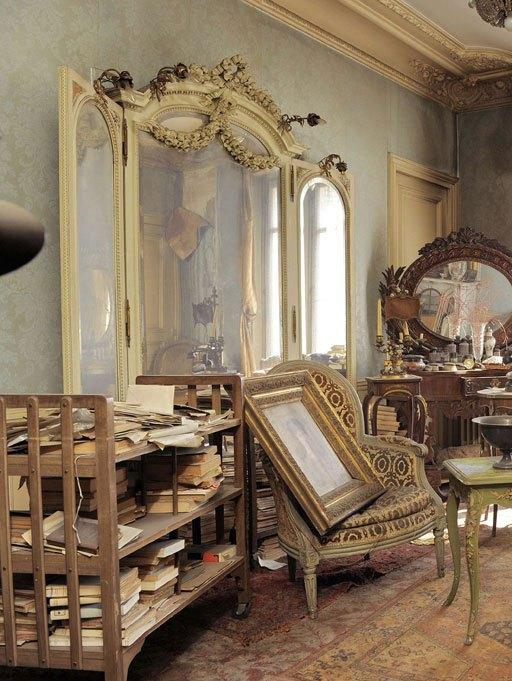 Непокътнат апартамент в Париж