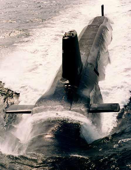 Две ядрени подводници се блъснаха в Атлантика