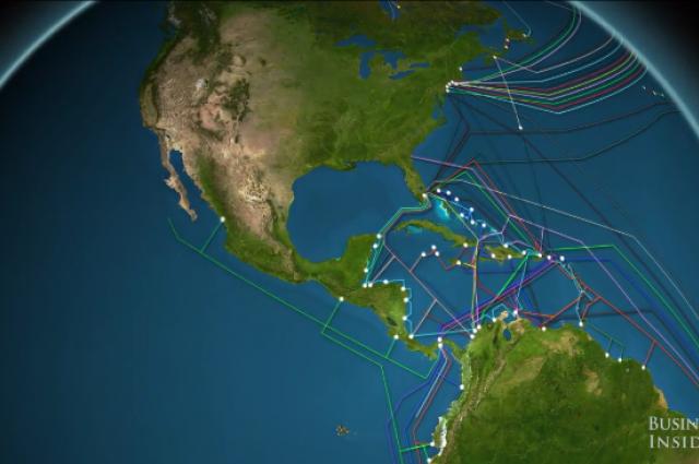 Видео показва колко много интернет кабели са поставени на океанското дъно